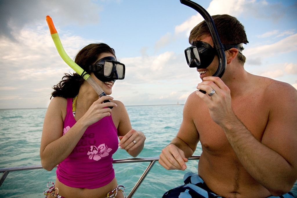 Couple Snorkeling in Huatulco