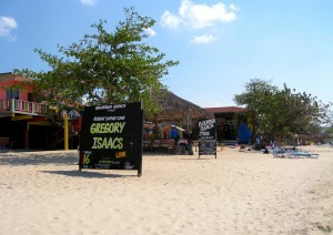 Seven Mile Beach - restaurant - photo by the queen of subtle