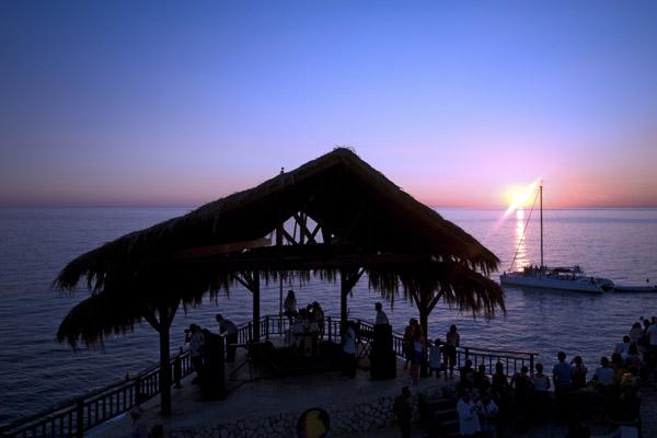 Romantic Ideas - Beach day and Sunset