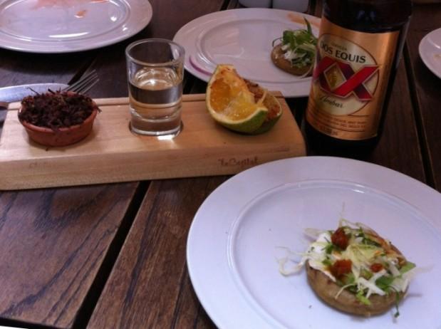 Antojitos, mezcal and chapulines - Oaxaca gastronomy