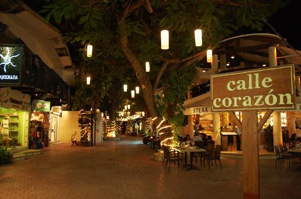 Playa del Carmen's famous 5th Avenue at night