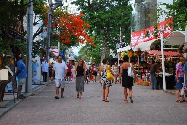 Playa del Carmen's famous 5th Avenue