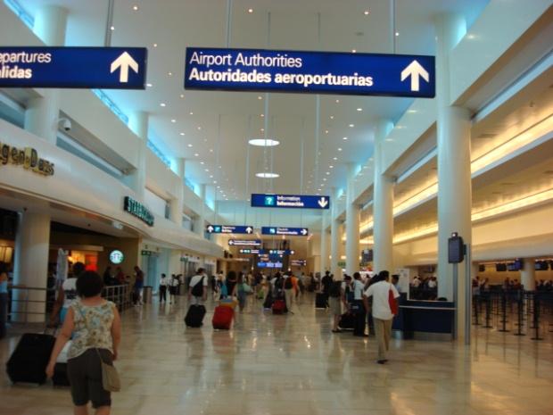 T3CUN - International arrivals and departures at Cancun International Airport