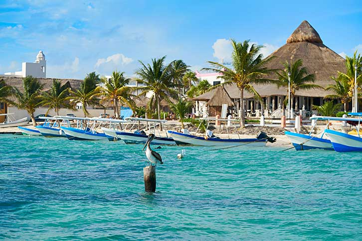 How Far is Puerto Morelos from