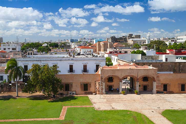 visit santo domingo colonial zone